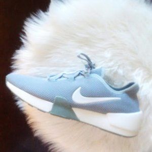 New Nike Pumice And White Sneakers WMN Size 10
